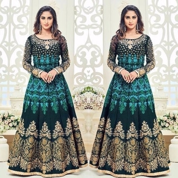 Peacock Green Silk Anarkali Suit Product code - FCSS818 Available at www.fashionclozet.com  Watsapp - +91 9930777376 Email -  info@fashionclozet.com Or DM for enquiries.  #weddingdress #bride #beautifulldress #designerdresses #designerwear #sharara #lengha #saree #florals #silk #glitter #embroidery #wedding #indianweddings #bollywood #bridal #indianwear #krystaldsouza #asianbride #indianbride #bridalmakeup #fashionclozet #fashionista #mehndi #wine #ramadan #pakistanitrends #eid #offshoulder #palazzo