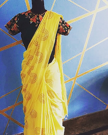 Dreamier summer in our drapes!!☀️ #archithanarayanamofficial #sareelove #6yardsofelegance #summercolors #drapes #summerweddings #flowy #pretty #embellished #intricate #staystylish