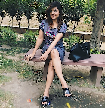 Be yourself to yourself atleast... It helps you take right decision 🎀 . . . #delhiblogger #indianblogger #styleblogger #muadeeptigaba #beautyinfluencer #delhigirl #summerclothes #summerfashion #delhifashion #shortdress #enjoyed #aboutme #aboutyesterday