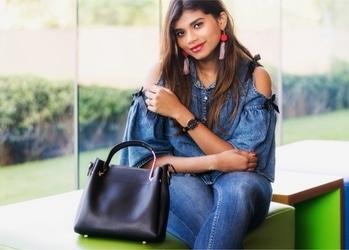 . . . . #bangalore #bangaloreblogger #bangalorefashion #bangalorefashionblogger #danielwellington #fashiobblogger #indianfashionblogger #denimlove #tasselearrings #redlipstick #denimondenim #fashion #chicfashion #thesoapbubbles #sumedha #denimlook #aboutalook #ootd #lookbook #watches