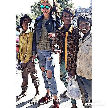 Travel diaries  #streetfashion #smilingfaces #modellife #lovemyjob #positivity
