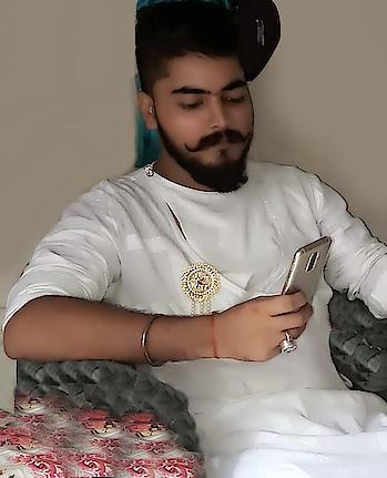 #majestic  #prince  #devraj  #singhji  #mewar  #jewellerylove  #luxurylifestyle  #ornaments  #ornaments  #ring #pleasureloving #diamondlover #sapphirering  #goldenlove  #fashionblogger  #fashionista  #fashion #royalprince #richkidsofinstagram #richness  #royalcollection #worldwidehandsome #asthetic #hunk  #emeraldlovers #lifestyleluxuries #richlife #my #royalcollection  #diamonds #luxurydesigner
