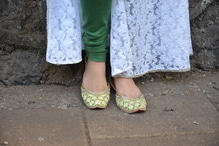 DESI DIARIES A new post featuring this gorgeous pair of juttis just went live. Check it out on www.dressitout5.blogspot.com 😘💕