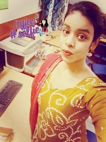 Workaholic #officeselfie