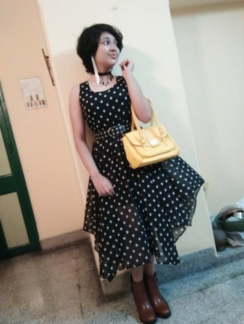 New fashion trend #hashtaggameon #roposofashionblogger #fashionfever #trendsetter #fabulous #frockstyle #polkadots #stylingdiaries #summer-style #bagsaddict #yellowbag #trendingonroposo #bollywoodstyle #bootstyle