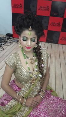 #model#makeupmode#9814463185