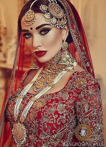 #bridal-fashion-designer