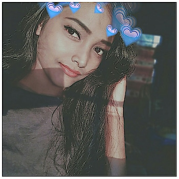 Happiness Start With You ...💙 #Swaggy #Instagirl #F4F #L4L #S4S  #repost #selfie #sefliegirl #selfieaddict 📲 #pretty #face #lips #hair #blue #heartcrown #RoposoGirl #Roposo 😉