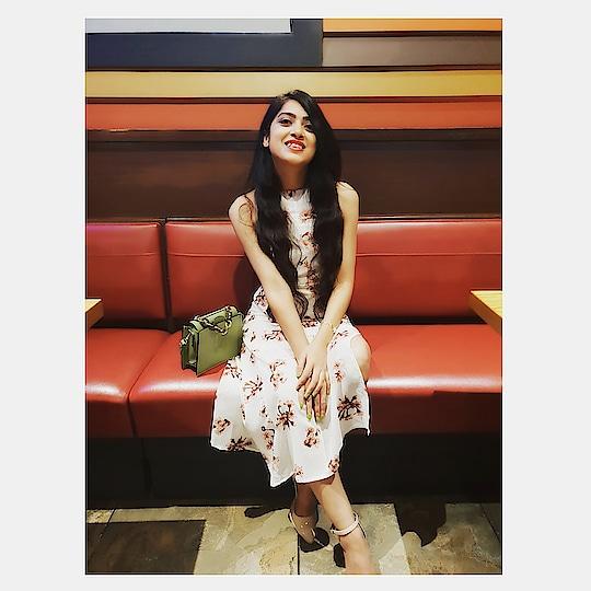 Wiser and happier !!! 💕 #bday #octobergirl #200thpost . . . . . . . #BabesOfSBL #mastandharbour #amazon #lifestyle #reliance #fashionblogger #blog #stylediaries #indianfashionsquad #thespeakingportrait #OOTD #fashionstyle #fashionblogging #blogger #bloggerlife #styleblogger #lookbook #fashiontrend #roposo #roposobabe #POPxoDaily #bloggersofindia #SDMDaily #WFB #ThisIsNewLook #TheFashionistasDiary #myntrafashion