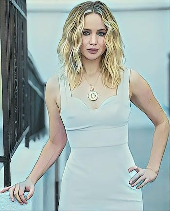 Jennifer Lawrence #jlaw #hollywood #hollywoodcelebrities #whitedress #glamour