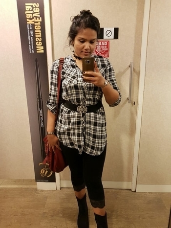Full tired after heavy shopping..TBT to newyear #firstpostonroposo #newdp #nomakeup #tbt  #bblogger
