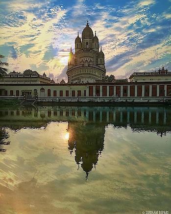 Let's see who can guess the place  #kolkata #india #sokolkata #kolkatadiaries #calcuttacacophony #ig_Calcutta #storiesofkolkata #storiesofindia #cityofjoy #kolkatablogger #kolkatacity #kolkatagram #calcutta #calcuttadiaries  #indiapictures #incredibleindia #blogger #indianblogger #indiaclicks  #incredibleindia #citylife #yourshot_india #createexplore #explore #ig_worldclub #creativeimagemagazine #travelstoke #passionpassport
