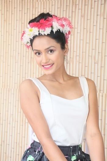 Floral shoot at Tiara ❤👸🌹 #worldsupermodelindiapageant #thetiara #tiaragirl #thetiarapageanttrainingstudio #showstopper2016