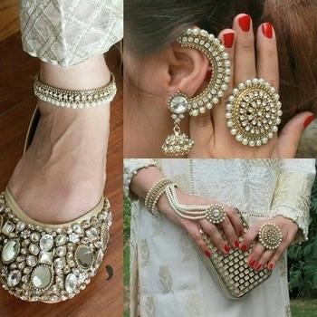 #roposo#jewellery#punjabijutti#footwear#photography#earrings#handbags