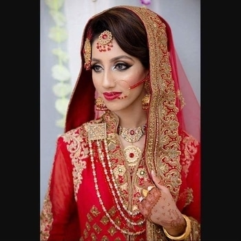 #BridalLook inspo!  Flawless bridal makeup by makeupbymus.  Save the screenshot for your D-Day makeup look.  #WedLista #FashionForWeddings