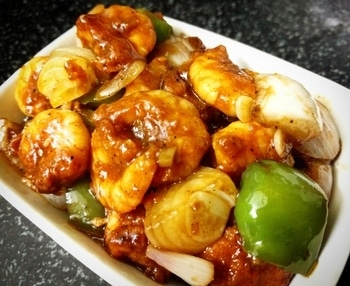 Chilli Prawns.. Indo-Chinese Cooking. 👩🍳  Follow me on Instagram : https://www.instagram.com/insta_mishty/?hl=en  OR search for insta_mishty on Instagram  Mail me at thepurpletreat@gmail.com  FB page - The Purple Treat  Website link in Bio  #indochinese #chinesefood #indiantaste #foodblogger #myblogging #loveforfood #loveforcooking #passionatecook #passionforcooking #passionforfood #mycookingstories #mycookingdiaries #cookinglove