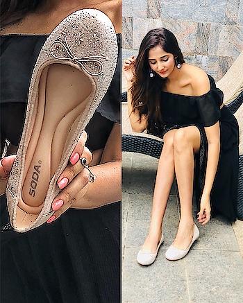 Ballerinas lend an understated elegance to any ensemble// @blingandbuttons ❤️comfy & cute !! ⠀⠀⠀⠀⠀⠀⠀⠀⠀⠀⠀⠀⠀⠀⠀⠀⠀⠀⠀⠀⠀⠀⠀⠀⠀⠀⠀⠀⠀⠀⠀⠀⠀⠀⠀ ⠀⠀⠀⠀⠀⠀⠀⠀⠀⠀⠀⠀⠀⠀⠀⠀⠀⠀⠀⠀⠀⠀⠀⠀⠀⠀⠀⠀⠀⠀⠀⠀⠀⠀⠀ ⠀⠀⠀⠀⠀⠀⠀⠀⠀⠀⠀⠀⠀⠀⠀⠀⠀⠀⠀⠀⠀⠀⠀⠀⠀⠀⠀⠀⠀⠀⠀⠀⠀⠀ ⠀⠀⠀⠀⠀ ⠀⠀⠀⠀⠀⠀⠀⠀⠀⠀⠀⠀⠀⠀⠀⠀⠀⠀⠀⠀⠀⠀⠀⠀⠀⠀⠀⠀⠀⠀⠀⠀⠀⠀⠀ #flats #shoes #ballerinas #flats #ballerinashoes #ballerinasofig #blingandbuttons #usa #usabasedbrand #usabrand #usablogger #ukblogger #indianblogger #blogged #fashiongame #stylefile #shoebrand #skirt #comfyshoes #walk #slay #tuesdaymorning