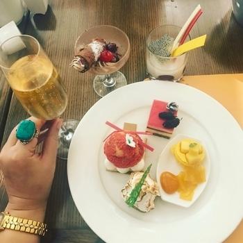 The Best part of Brunches 😋😋 . .  #dessert #sweettooth #foodie #sweets #champagne #champagnebrunch  #Brunch #hyderabadfoodie  #roposo #soroposo #foodtalkhyderabad  #foodblogger #instadessert  #foodstagram   #indulgenteats    #foodforfoodies #keepindulging #lblogger  #foodgawkar #nomnom #foodporn  #fblogger  # #foodtalkindia #fashionblogger #statementring #accesories #l4l #l4like #desserts #fromyindulgences