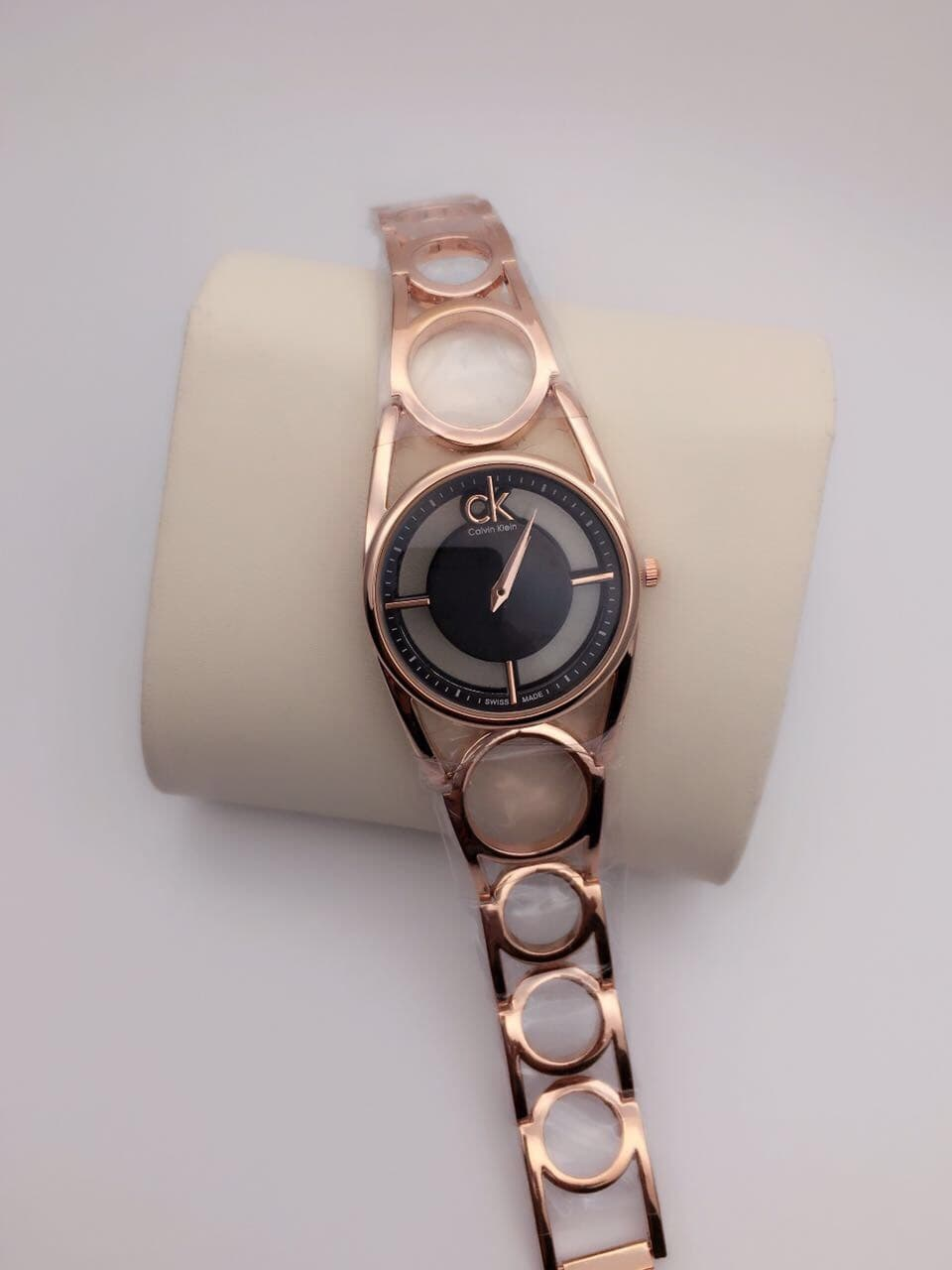 LADIES WATCHES GOOD QUALITY