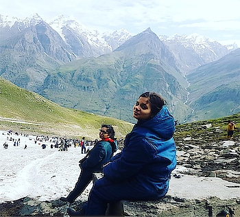 Himalayas ⛰⛰⛰ #rohtangpass #rohtang #manali #kullu #travel #travelblogger #travelphotography #photography #instagram #himachalpradesh #himachal #himalayas #hills #mountains #himalayan #manalinda #manali #kullumanali #himalayangeographic @beautifulhimachal #canon #canonphotography #dslr #dslrphotography #canon700d #canondslr #travelbloggerlife @canonindia_official @canonusa @canon_photos @canonasia @himalayangeographic @instahimachal