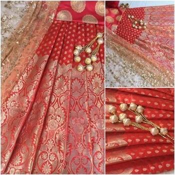 #lehenga #lenghascholionline #maroon #skirt embroidery #partydress #dresses #glam #mystylemantra #trendingfashion #fashiongram #fashininsta #fashionistagrammer #fashiononline #dress #womensonlineshopping #styleinsense #stylingtips #ropodaily #roposo #desi #designerfashion #indiansuits #indianshopper #ootd #shalwarkameez2017 #trendalert #trendingfashion #ethnicdresses #instaart #instagood #instalike #instastyle #instadaily #instagram #instagramer #instagrammer #party #weddingdiaries #weddding #fashionista #fashionblogger #stylestatement #stylist #glamour #ootd #ootn ##india #indian #indianfashion #banarsisilk #puresilk