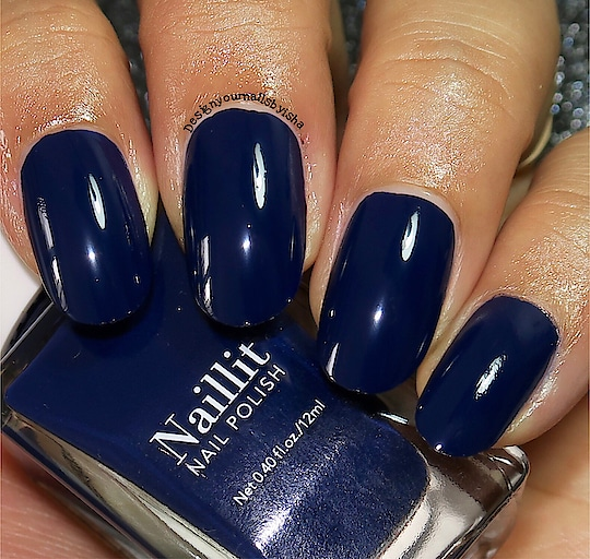 SWATCH: 09 Navy Captain from @minisosg  Watch my swatch video for this on my YouTube channel: DesignYourNailsByIsha . . https://youtu.be/FNO1sXBAs90 . . 💅🏼 Direct link in bio👆 . . . . *This post is not sponsored*  #swatch #nailpolishswatch #nailpolishaddict #purplepolish #minisonailspolish #minisonapan #minisosingapore #minisoindia #minisohaul #minisonailpolishswatch #swatcher #nails #youtuber #nailart #nailartist #indiepolish #indie #review #liveswatch #designyournailsbyisha #ishanailart #nailpolish #latestnailpolish #newnailpolish #2019nails #soroposo #roposonaila #roposofashion #roposoness