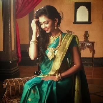 Jewellery shoot for shubham creations... #jewelry #jewelryshoot #indian #shoot #model #modeling #shubhamcreations