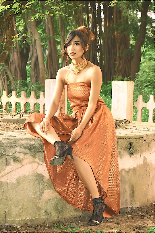 Cause @manjalcouture and @vaishalijewels sure did make me feel like a princess!!! One of my fav shots by the talented @karthik.l_25 flaunting the amazing makeup by @unfair_and_lovelyyy  Happy Monday guys 😘♥️ #madrasstory #saahithya #madras #chennai . . . . . . . . #chennaibloggers #ethnicwear #ethnic #brocade #chennaifashion #style #fashion #ootd #chennaigirls #love #bettertogether #ootd #streetstyle #glamup #ootdmagazine #funvideo #funclip #diystudio #amatuerpainters #weekendvibes #chennaistories #chennaichapter #chennaiponnu