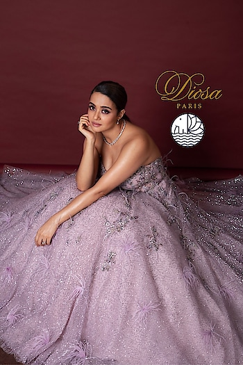 Surveen Chawla Dazzling in DIOSA PARIS   Exquisite Hand Crafted Jewellery  Preview Tomorrow on 11th October  New Delhi, India *Ear Rings *Bracelets *Bangles *Rings *Maang Tikas *Necklace  Presented by Havishaa Global   #jewels #earrings #rings #bangles #celebritystyle #havishaaglobal #diosaparis