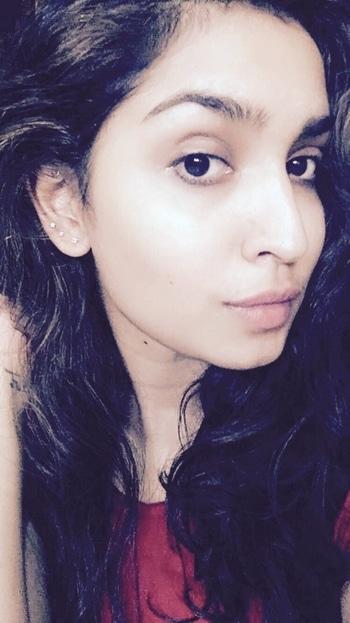 #upperlobe #graduatedlobepiercings #piercing #piercings #pierced #bellyrings #navel #earlobe #ear  #bellybuttonring #lipring #modifications #bodymods #piercingaddict #bellybar #bellybuttonpiercing #als #tattoo #studio als #clothes #accessories #bodypiercings #alscurlupanddye #bandra #west #hillrd #india #mumbai #maharashtra #bodypiercings