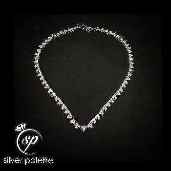 The silver single line necklace #silverpalette #silver925 #festiveseason #studded #elegant #designerjewelry #designerwear #bridalwear #weddingseason #beautiful#silverpalette #mumbai #india