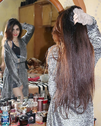 #messy #messylook #messyhair #messyhairstyle #hair #longhair #cozymornings #mirror #colour #haircolour #hairstyle #robe #shrug #warmshrug #fur #furr #furshrug #winter #woolenshrug #hot #shruglove #long shrugs #longshrug #gymwear #sportsbra #adidas #shorts #comfy #comfylook