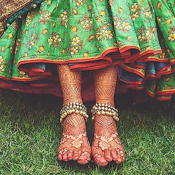 #Crushing over #mehendi #details! Image via cupcakeproductions13 #mehndi #mehndidetails #mehndiart #mehndidesign #weddingdetails #bridaldetails #bridalgoals #weddingphotography #weddingideas #weddinginspiration #lehenga #lehnga #mehendidesign #tattoo #art #instaart #indianbride #bridalinspiration #bridesofinstagram #weddingsutra