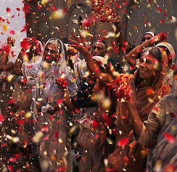 This year, #celebrate #Holi with #flowers. PC: m.nouvelobs.com #Vrindavan #holi2019 #happyholi #holihai #india #incredibleindia #festival #ecofriendly #love #holifestival #photography #inspiration