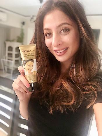 I got my share of glow. Go get one for yourself girls @mondsubindia #mondsubindia #peeloffmask #goldencollagen #facemask