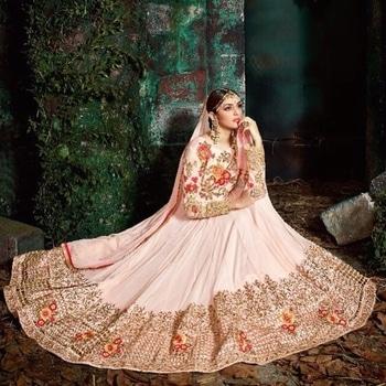 Light Pink Georgette  Anarkali  Suit Product Code - FCSS1075 Available at www.fashionclozet.com  Watsapp - +91 9930777376 Email -  info@fashionclozet.com Or DM for enquiries #salwarkameez #golden #designerlehenga #satinsaree #patialasuit #redlehenga #bridalhenna #saree #navratri #navratri2017 #bridalwear #sharara #palazzosuit #bridalheadpiece #bollywood #sarees #bollywoodsaree #dulhan #lehenga #sari #bridallengha #indianfashion #lehenga #drashtidhami #punjabibride #indianbridal #designersaree #punjabiwedding #pakistaniwedding #sikhwedding