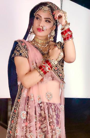 Aake Meri Duniya Mein Vaapas Na Jaana..Sehra Baandhke Maahi Tu Mere Ghar Aana... 😋😋  : #beingfilmy coz of #bridalwear #bridallook #indianbride #bride #bridestory #brides #bridalshoot #random #behindthescenes #candidshot #candidphotography #portraitphotography #iphonex #indiangirl #desi #indianbeauty #indianfashion #indianwedding #weddingdress #weddinglove #nehamalik #model #actor #diva #blogger #instagood #instafollow