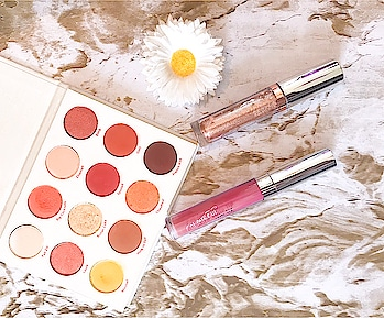 ~ You never have enough makeup darling 🌸❤️ . . . What is your daily palette that you like to use ?  . . . 🌸 colourpopcosmetics Yes Please Palette  🌸 colourpopcosmetics X kathleenlights Constellation Supernova Shadow  🌸 colourpopcosmetics Dopey Ultra Satin Liquid Lipstick  —— #colourpop #colourpopme #palette #fashion #instagood #roposo #gorgeous  #lipstick #beauty #beautiful #blogger #bblogger #beautyblogger #makeup #makeupblogger #makeupaddict #makeuplover #slave2makeup #pinkmakeup #pretty #makeupinspo #makeupjunkie #makeupporn #inspo #makeupmafia