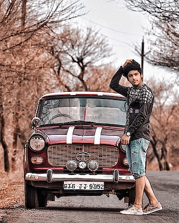 Once you choose hope anything is possible. ____  #sahilsingh #menswear #mensfashion #menshair #mensstyle #menswearstyle #menswearclothing #mensfashionblog #mensfashionstyle #hairstylesformen #styleinfluencer #styleblogger #fashioninfluencer #fashionblogger #fiatcar #fiat #portrait #portrait_shot #portrait_star #portraitvision_ #portraitinspiration #roposodaily #roposogood #roposomodel #roposostar #roposolove #roposo