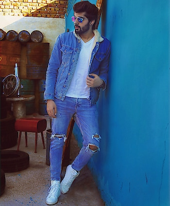 Chilling out in the sun, is possible this summer with @wranglerdenims #InfiCool denims collection that comes with in-built moisture wicking technology. This upgraded feature keeps sweat away from your body and thus keeps you dry for so much longer.  So get ready to go out in the sun with #Wrangler! Avail 15% discount on #Wrangler #InfiCool collection by just giving a missed call on 07406211111. Hurry up guys! Offer valid only for a limited duration.   #mridulmadhok  . . . . . . . . 📷 @sharonsinghphotography .  Location : @locationcameraaaction . . . #StyleInfluencer #MaleBlogger #StayDryBeCool #InfiCool #Wrangler #WranglerDenims #delhifashionblogger #delhigram #influencer #fashioninfluencer #indianfashionblogger #shoe #shoes #fashionblogger #plixxo #styleblogger #trendy #style #galleri5InfluenStar #blogger #instagram #instadaily #instagood#newseason #menswear #weareexploraholic
