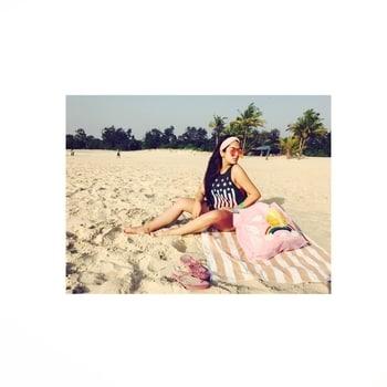 Just simply not ready to face the week🙈. #mondaymotivation #mondaymood #mondayblues #latepost #vacay #outfit #inspiration #vacationmode #traveller #longhairdontcare #boho #wanderer #wanderlust #traveller #traveldiaries #travelgram #holiday #beachlife #beach #blog #blogger  #love #beachstyle #summerstyle #summer2017 #pictureoftheday #ootd #dailygram  #follow #followme #morning #roposo #soroposo #ropo-love #roposostyle #roposofashion #fashionista #beauty #makeup #hairstyle #followforfollow #followformore