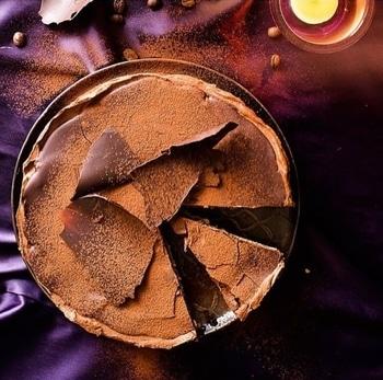 Who else love chocolate more than anything else?😍 This is five layer chocolate cake from @thewhiteramekins  @popxoyum @popxodaily @popxo_daily @popxofashion  @popxobeauty  #plixxo #plixxoinstablowout #popxoblogger #popxo #popxocampus #popxodaily #plixxobypopxo #plixxocampus #plixxoinfluencer