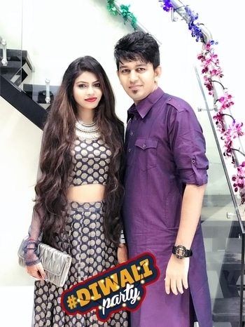 #diwali2k17 #withmybae #traditionalclothes #lookfortheday #lovethiscolour ##love 💓 #bae❤️ #loveforever #umakemeperfect #she make me look good #love her long hair @devkidhuria  #diwaliparty