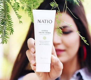 "#Natio is not a new name to the beauty hoarders and their skin care to cosmetics range is perfect for this melting heat. Recently got my hands on the facial scrub and eye contouring cream and this has become favorite product for my face. The lit part about the brand is it's organic ingredients and chemical free contents.  Check out the Natio Store at @shoppers_stop @ambiencemall , Vasant Kunj to find out the wide range the brand has to offer. Also, not to miss is the creamy Body Butter. That is a MUST BUY. About Natio: ""Natio's colours reflect the open and unpretentious style of the natural Australian beauty culture.Rich in essential oils and botanical extracts, Natio's range of skin care and cosmetics are effective and uncomplicated. Natio caters for women and men and includes nurturing products for the face, body, eyes and hair."" _________________________________ #KiranKhokhar #Indianchic x #Natio #SkinCare aifwaw17lookbook  #DelhiFashionBlog #PersonalStyle #Dailyoutfitinspiration #DelhiBeautyBlogger #DelhiLuxuryBlogger #LuxuryBlogger #DelhiTravelBlogger #GlobeTrotter #DelhiStylist #DelhiLifestyleBlogger #OOTDinspirations #SoloTravelBlog #AboutAlook #lookbook #instastyle #stylish #streetstyle #fashionista #fashionblogger #instafashion #ootd"