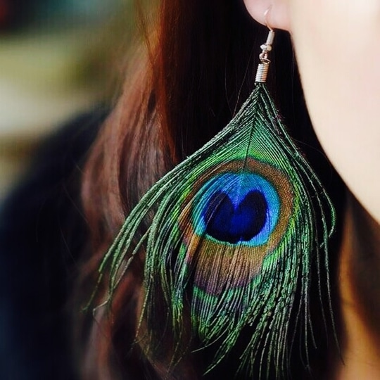 Peacock feather stylish earrings only at QT ❤️