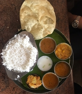 South Indian meals at Saravana Bhavan, Anna Nagar, Chennai! #foodiesofindia ng #instagood #photooftheday #sweet #dinner #lunch #tasty #delicious #eating #foodpic #foodpics #eat #hungry #foodgasm #hot #mumbaifoodie #ekplate #munchymumbai #walkwithindia #thecrazyindianfoodie #grubzone #chennai  #food