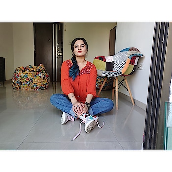 Hope is being able to see that there is light despite all of the darkness.  Earrings: @shoshaonline  Tunic: @maxfashionindia  Denim: @forever21_in  Shoes: @pumaindia 📸: @shwetanagar9  #photography#shot#hope#colors#home#anisha_amy#blogger#instablog#instafashion#instastyle#instapost#instagood#instadaily#fashion#influencer#india#mumbai#blessed#positive#bluehair#shoes#jewellery#earrings#hoops#puma#forever21#shoshaonline#maxfashion