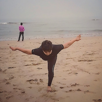 When I started learning Yoga, which was about 2 months back, all I wanted to learn was how to do the asanas. I have always loved doing yoga, although infrequently, as we were taught it at school and then I have seen my uncle do it for years! But then, the more I started reading about it the more I started realising that it's not only about the strength in your body but also about how strong are you mentally. Breathing, took on a completely new meaning. Understanding your own breath, feeling it, concentrating on breathing became more important to me that getting on with the asana. Pranayam, is something that I never take for granted now. It's been a huge learning curve and I still have a long long way to go. But I am glad I have taken the first steps.  Here I am attempting Virabhadrasana, the Warrior pose. Balance, both mental and physical, as always, is the key !  #yogajourney #virabhadrasana #warriorpose3 #yogalove #yogaeverydamnday #yogini #begginer #yogainspiration #yoga4roposo #yogachallenge #yogawear #yogalife #breathe #yogaasana #balance #mentalstrength #bepositive #learning #yogisofinstagram #yogaday #roposogal #roposolove #roposoblogger #roposoblogs #soroposodaily #soroposoblogger #soroposotalks #soroposotimes