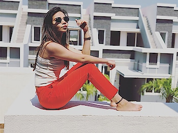 #fashionmodel #fashionblogger #fashiongram #bloggerlife #bloggerfashion #instagram #forever21 #plixxobypopxo #plixxoinfluencer #plixxoblogger #bloggergirl #blogpost #fashionpria #fashiondiaries #hoildayfun #fashionicon #fashionoftheday #fashionphotography #shoot2kill #shootingday #rosopoblogger #rosopo #rosopolove #rosopotimes #fashionistas #fashionpria #instablogger #instalife #instafashion