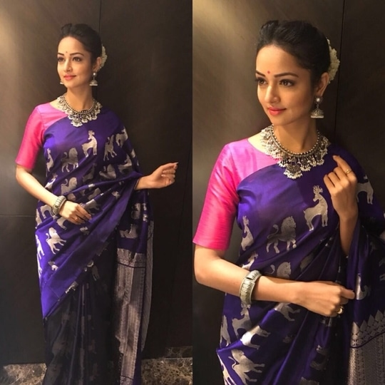 One of my fav looks ❤️❤️❤️ totally in love with 🙈 Saree @myrahbyharshini  Accessories- @bcos_its_silver  Bangle- @accessoriesbyanandita  Styled by fluffiest @nisharakiran  thanks guys😘😘 #lovemyjob #stylefile #womanstyle #fashion #tradionalwear #shanvi